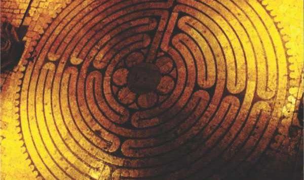 http://gnosisbrasil.com/wp-content/uploads/2015/05/As-Catedrais-Goticas-Parte-II-labirinto.jpg